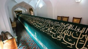 Sights of Uzbekistan – Popular Monuments and Landmarks of Uzbekistan